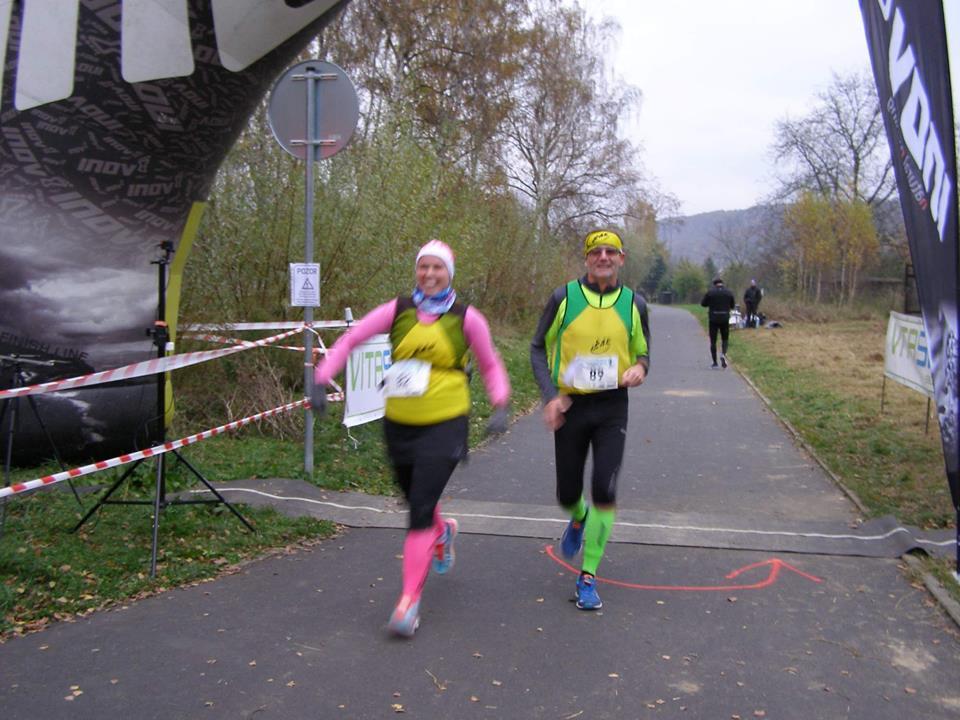 Mája Hanzálková v cíli svého premiérového maratonu